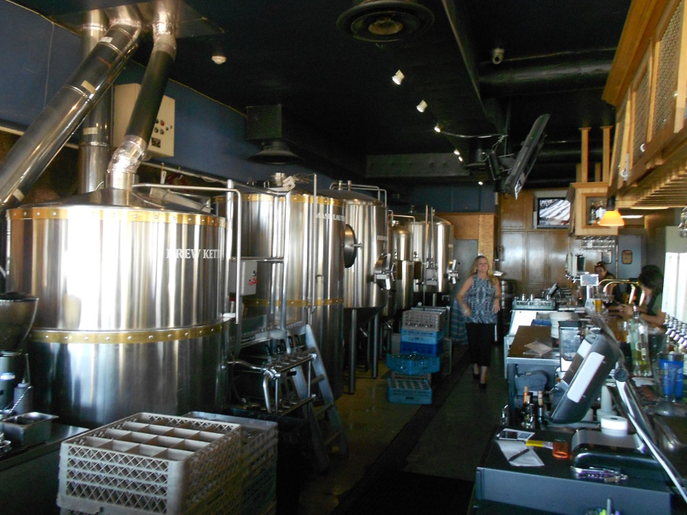 Belmont Brewing Company (9)