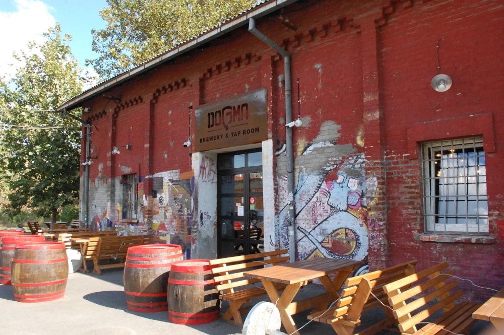 Dogma Brewery Belgrade (8).JPG
